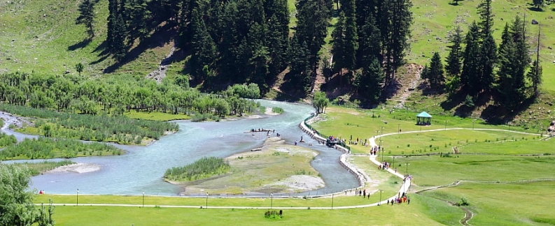 Meadows of Baisam-Kashmir Tours Packages