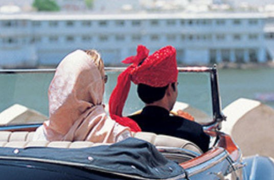 Special Womens Day 2019 Luxury Train Tour Of India