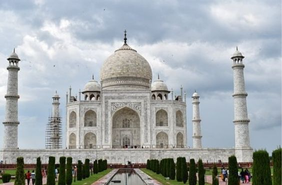 Short & Sweet Golden Triangle Tour of India.