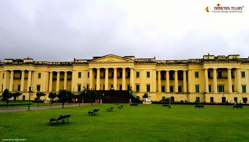 hazarduari-palace-mushidabad